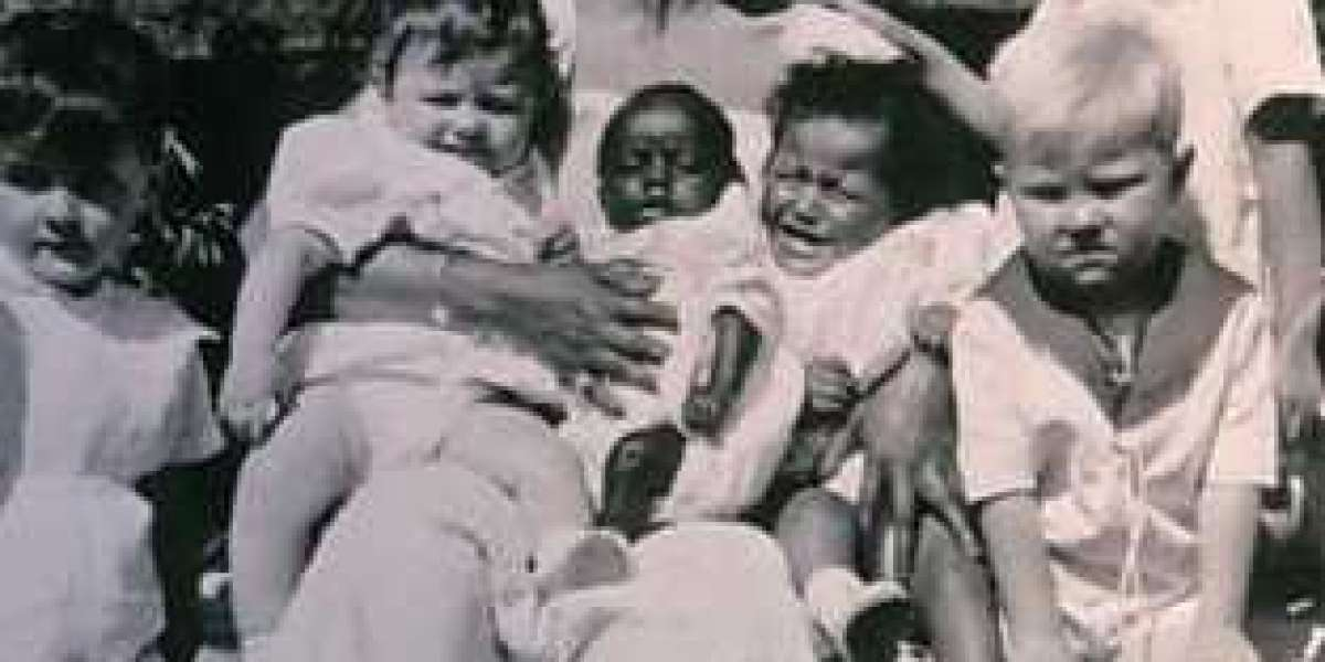 Josephine Baker and her Rainbow Family